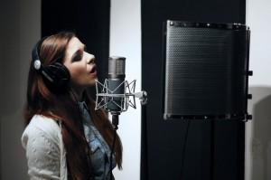 запись песни в студии в москве